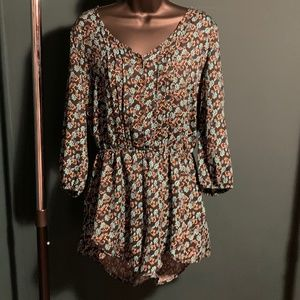 NWOT Mimi Chica blue button up floral romper 6/$14